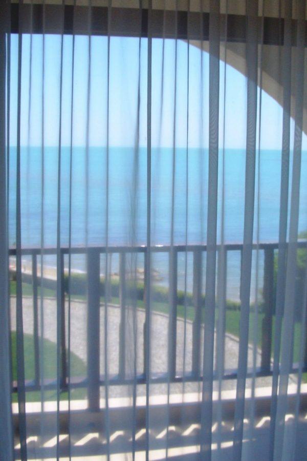 Примерный апартамент с 1-ой спальней и холлом4  ~50м² Вид на пляж и море