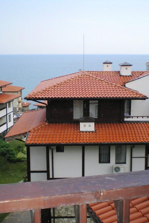 Примерный апартамент с 1-ой спальней и холлом4  ~50м² Вид на зеленый сад