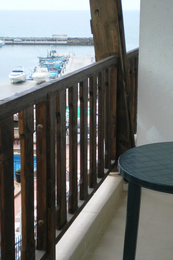 Typical apartment with 1 bedroom and a living-room 4  ~50м² Sea view