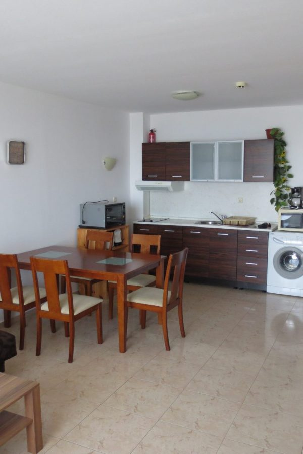 Typical apartment with 2 bedrooms and a living-room 6  ~50м² Garden view